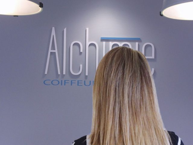 coiffeur-aix-meches-balayage-voiles-coupe-brushing-cheveux-longs-alchimie-coiffure